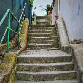 Kamenné schody