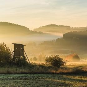 Zlaté ráno s posedem