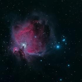 Emisní mlhoviny v Orionu