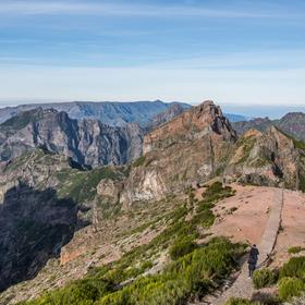 Výhled z Pico do Arierio 1816 m n.m.