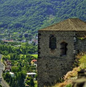 Hradní věž