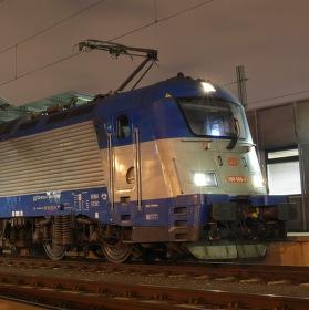 Večerní odpočinek elektrické lokomotivy