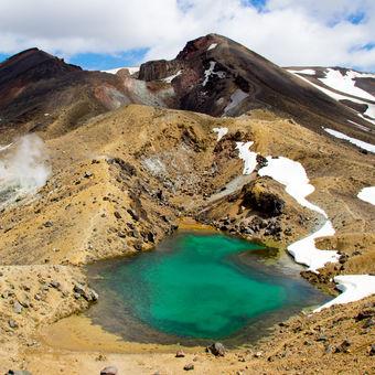 Emerald lake - Tongariro
