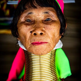 Žena kmene Kayan Lahwi