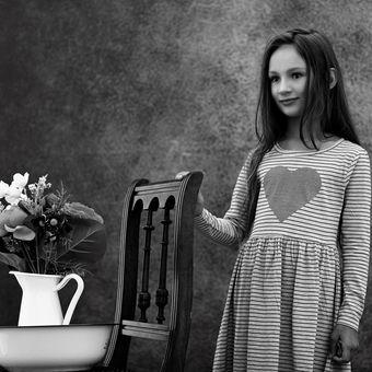 Dívka s kyticí