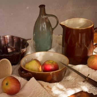 Zátiší s jablky