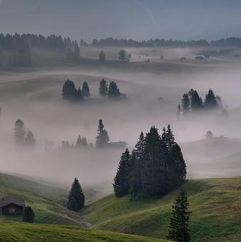 Toskánské ráno v Dolomitech