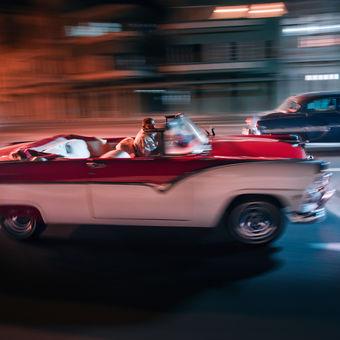 Nočními ulicemi Havany