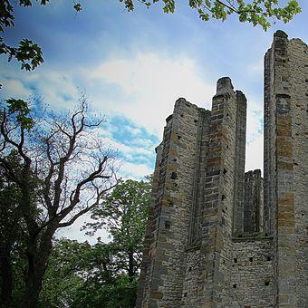 Nedostavěný gotický chrám Panny Marie