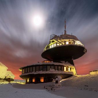 Vesmírná stanice 1603