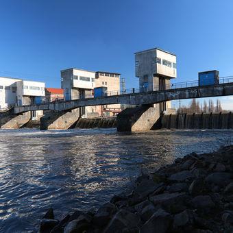 Vodní elektrárna Brandýs nad Labem