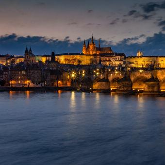 Dominanta Prahy po západu