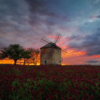 Kunkovický mlýn po západu slunce