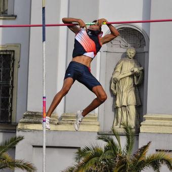 Atlet-akrobat