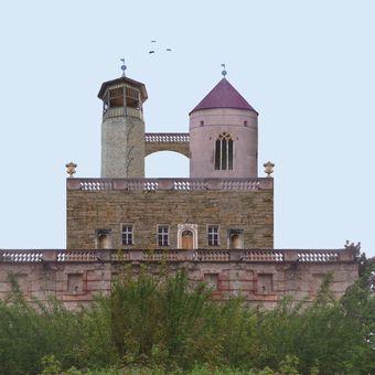 Průvodce po hradech a zámcích 09 - Hrad Krákorec