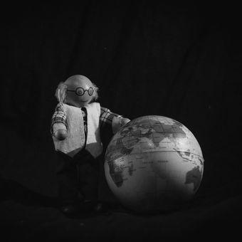 Starej Brůna plánuje ovládnutí světa