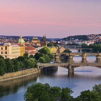 Pražské pohledy