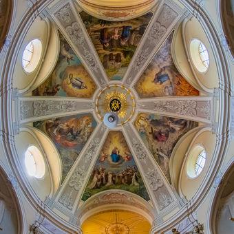 Karmelitský kláštor Györ