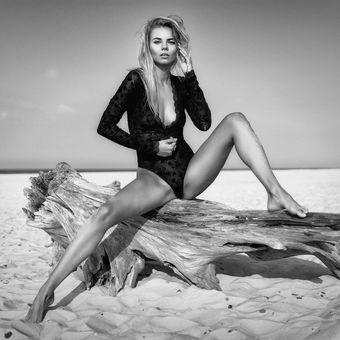 Glamourná Katka na pláži
