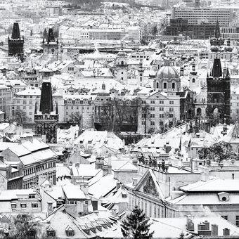Střechy a věžičky pražské
