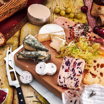 sýrová tabule...