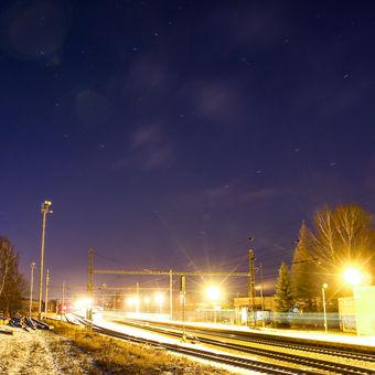 Večerní nádraží