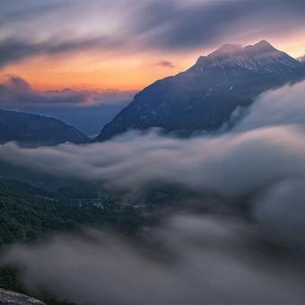 Oblaka na úprku