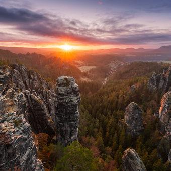 Probouzející se skalní město