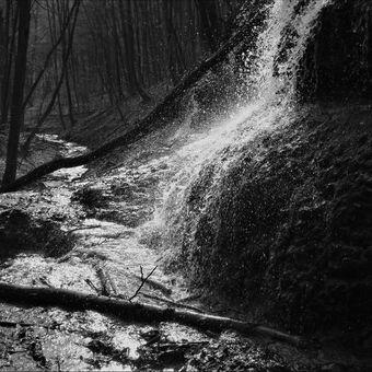 Jarný vodopád