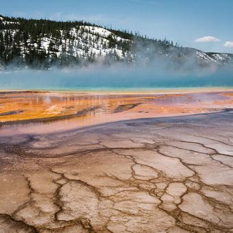Grand Prismatic Spring, Yellowstone, Montana, USA
