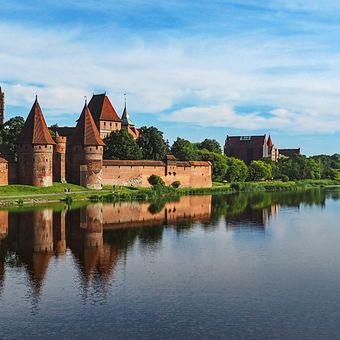 Malbork - největší křižácký hradní komplex na severu Polska