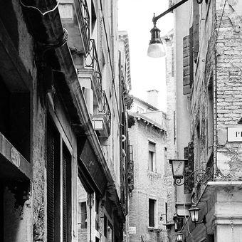 V uličkách Venezie