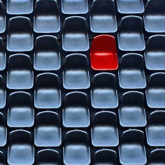 Červená židle...