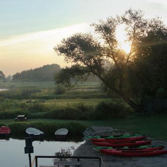 kemp ve vesničce Wroceń