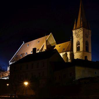 Půlnoční město 7