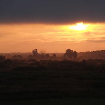 východ slunce v Kopytkowo