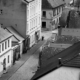 V ulici