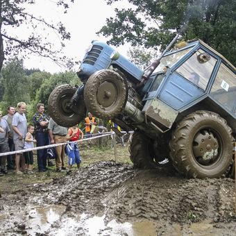 Traktorem do nebe