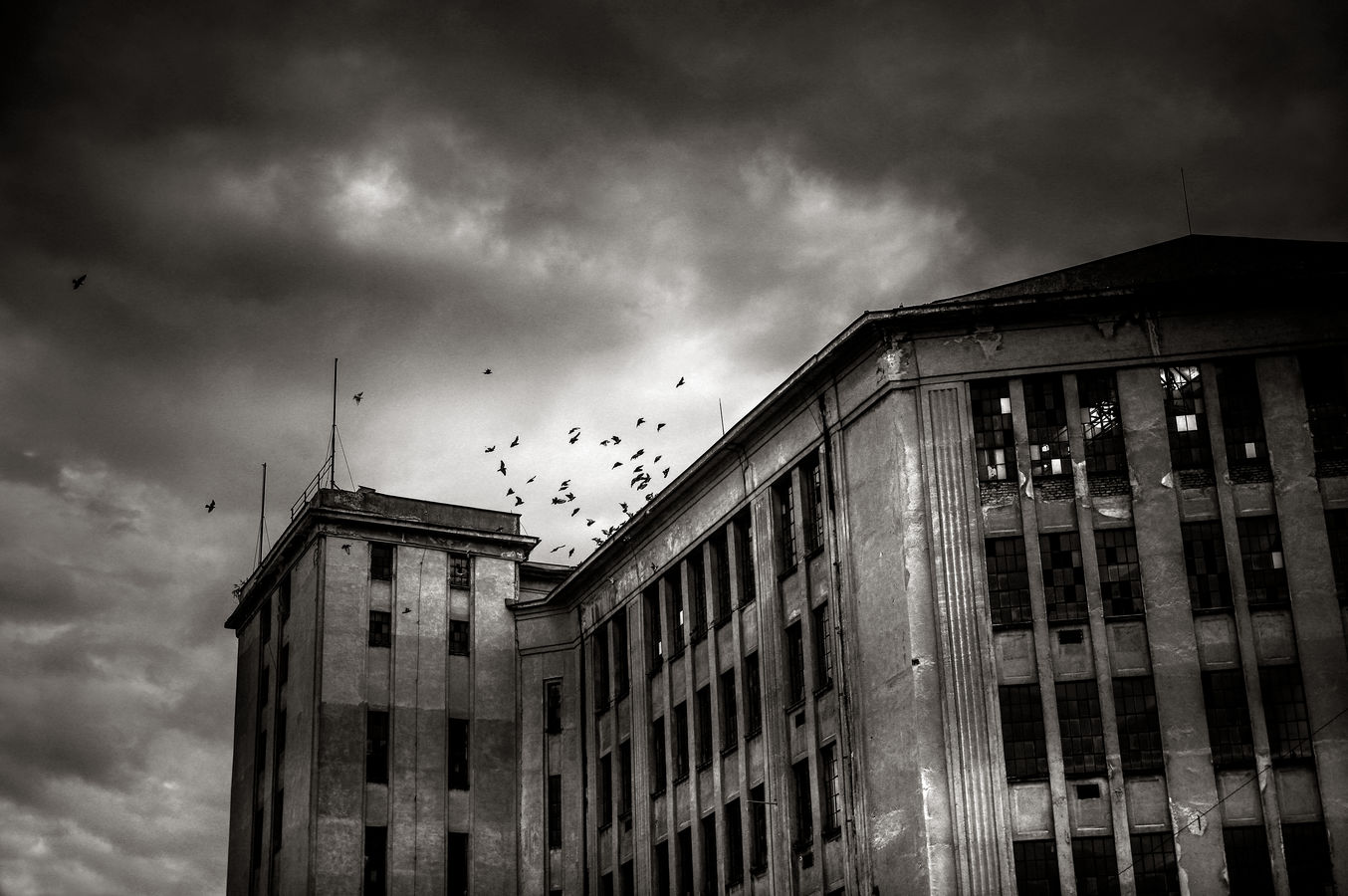 Dnes slouží holubům...