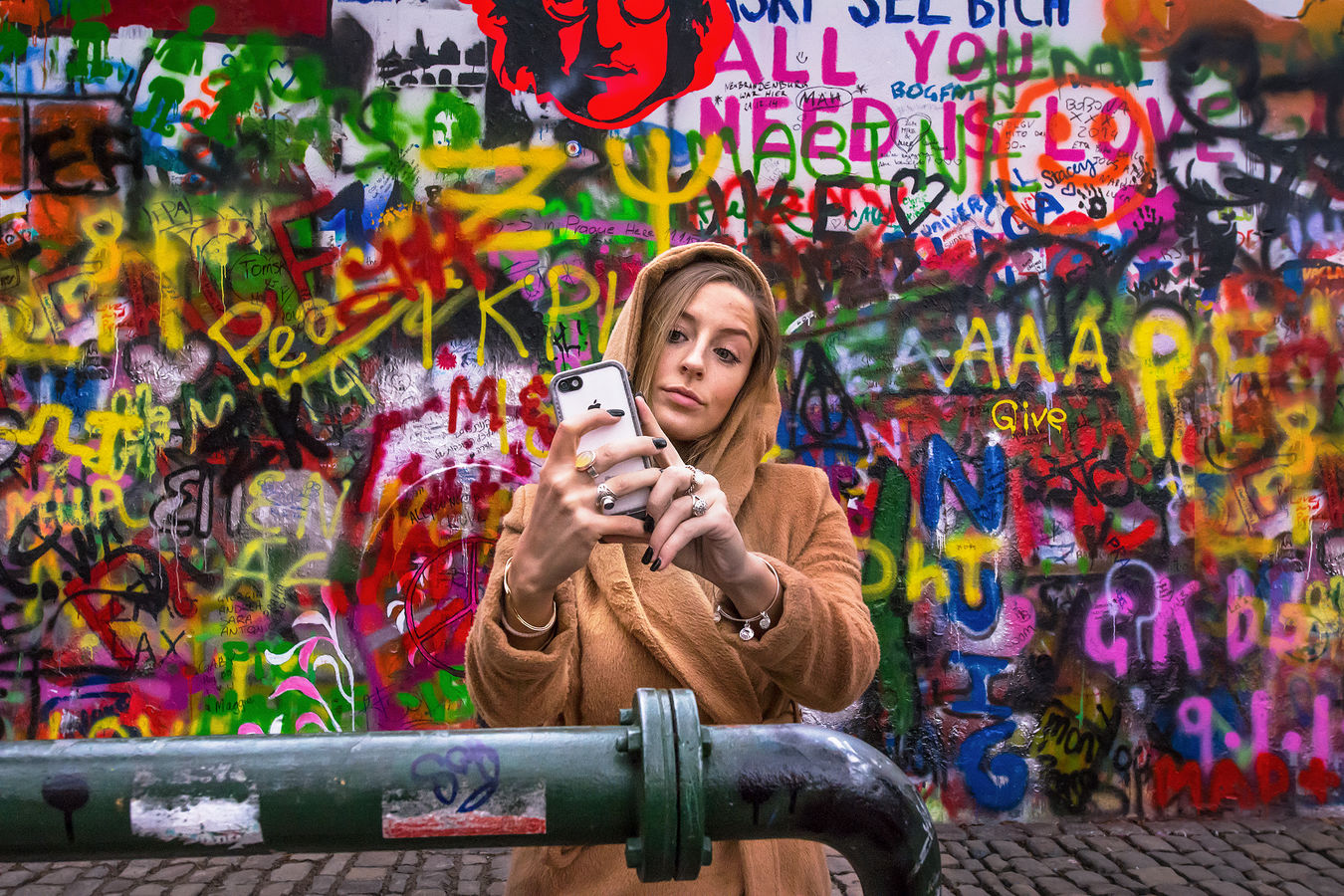 Selfie z Prahy jako malované