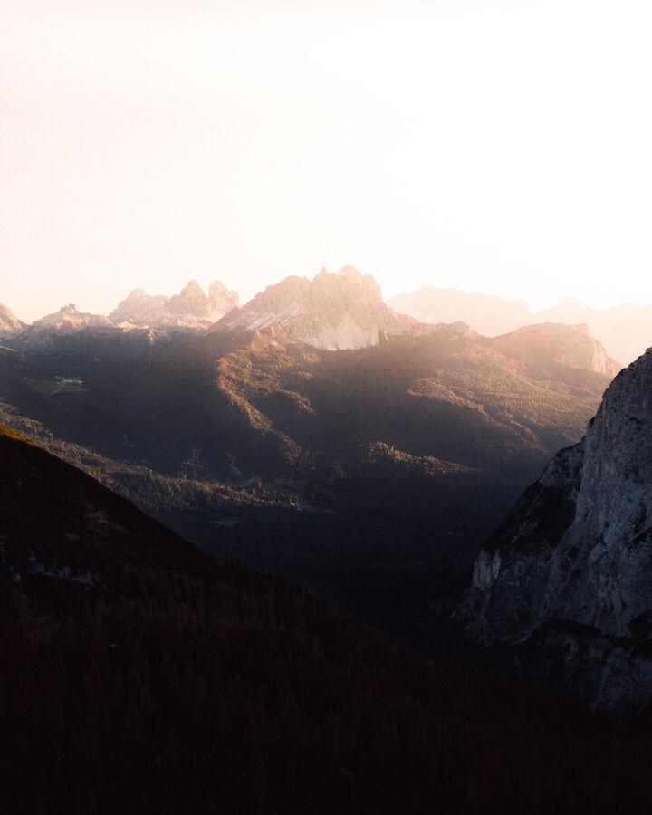 Brzo ráno v Dolomitech