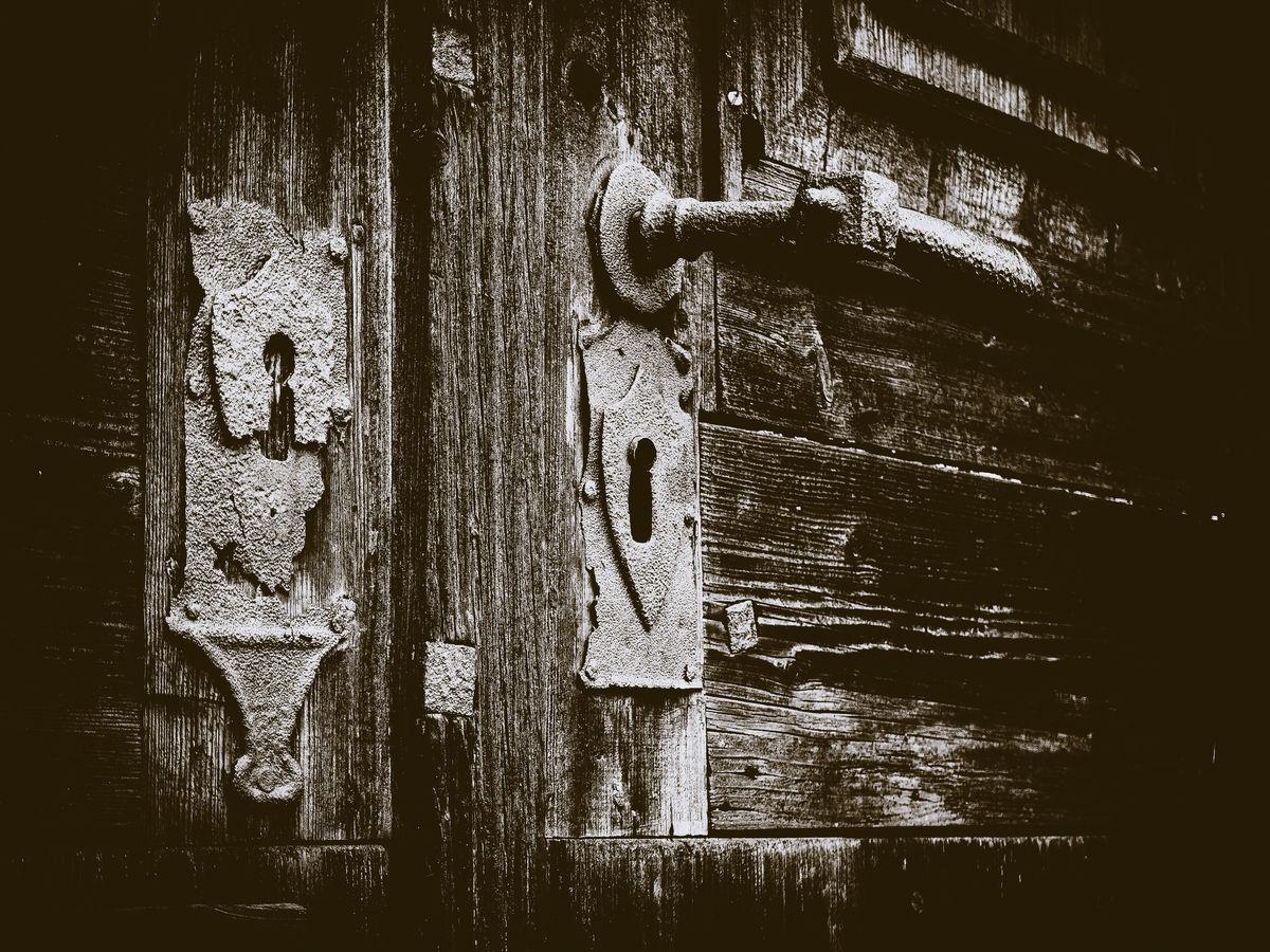 Chrámová vrata