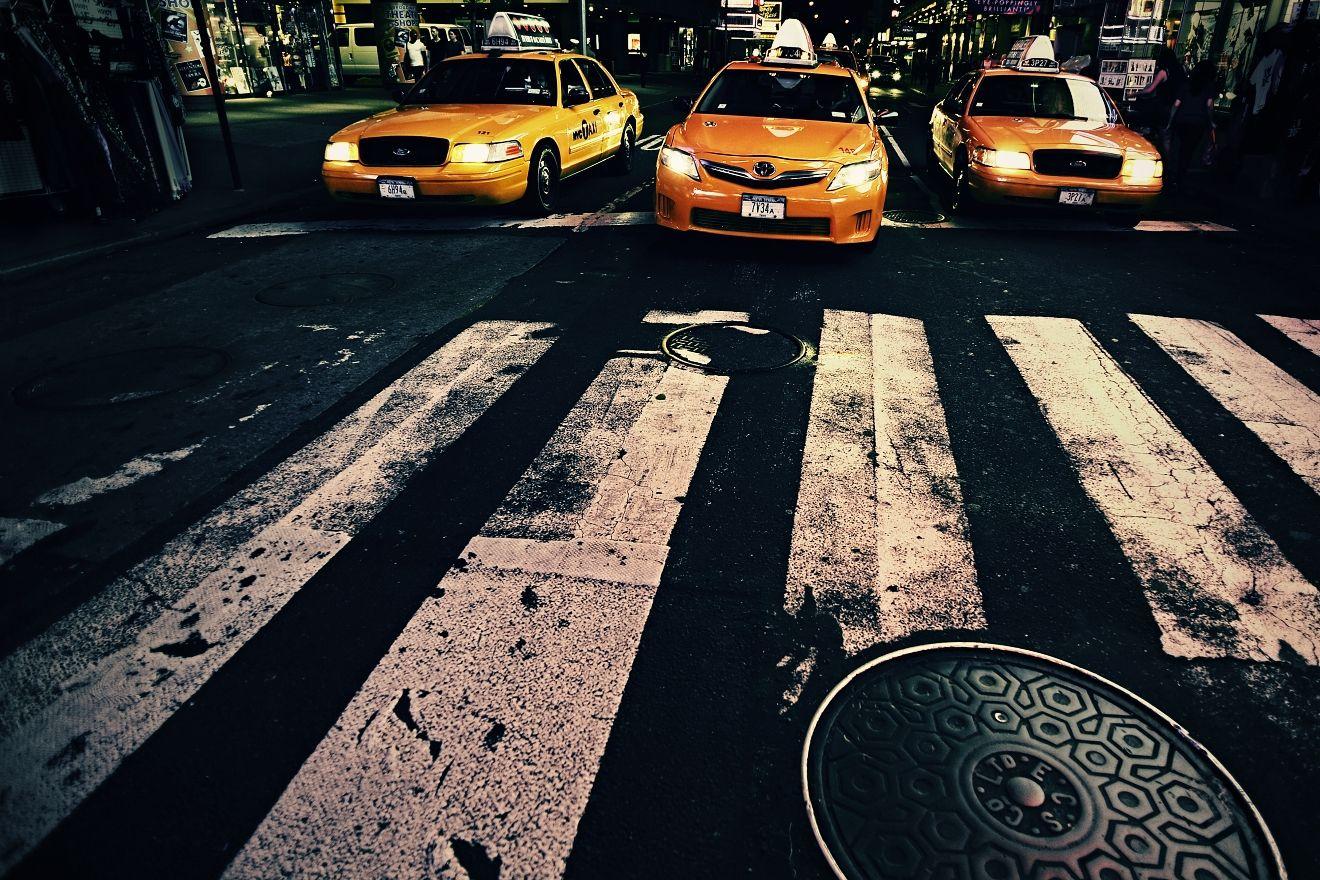 W 46th St x Times Square