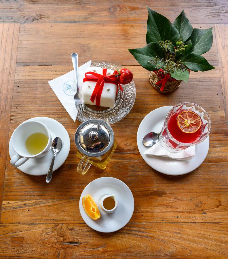 Vánoční čaj a punč se zákuskem