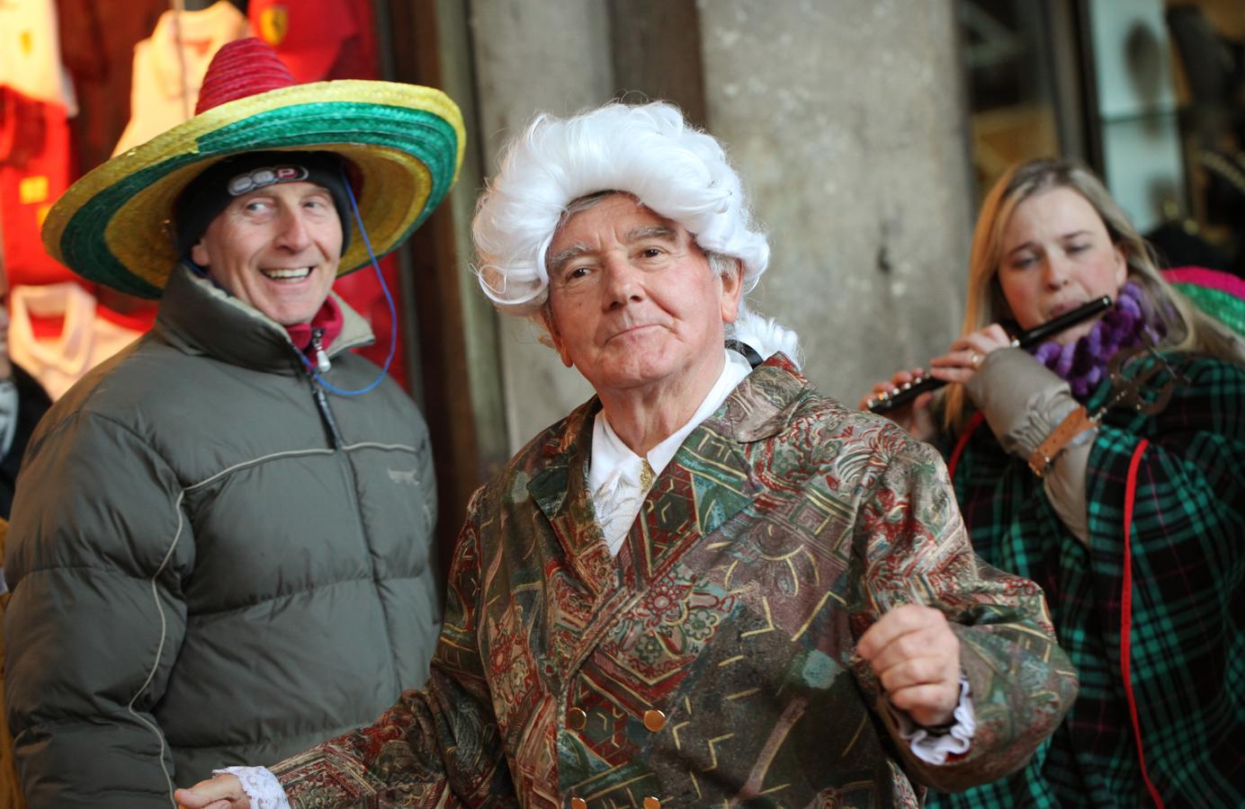 Z karnevalového průvodu v Benátkách