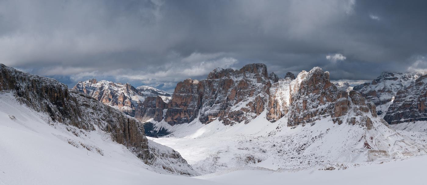 Pohled z Rifugio Lagazuoi
