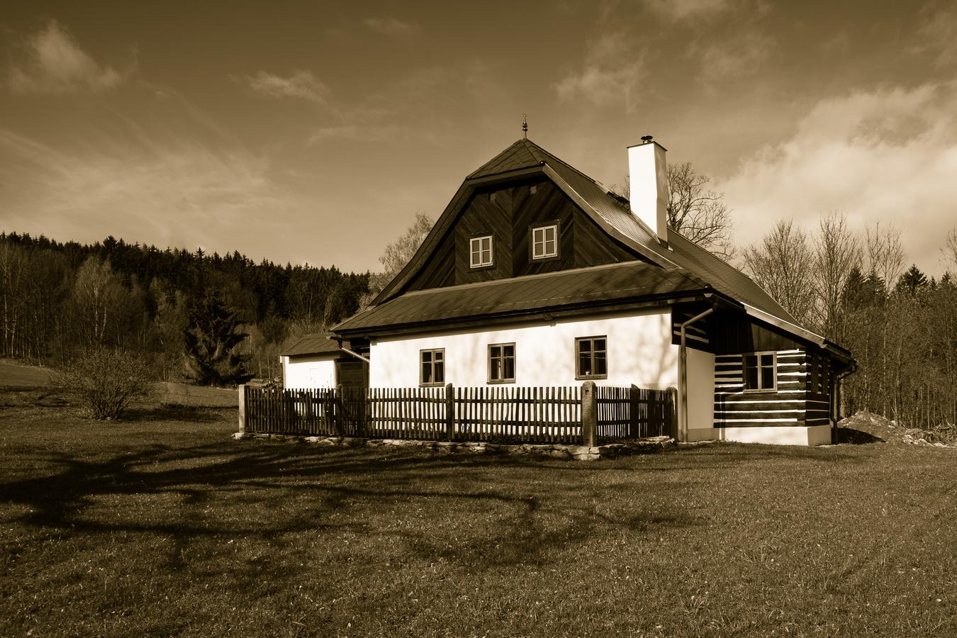 Vesnická architektura