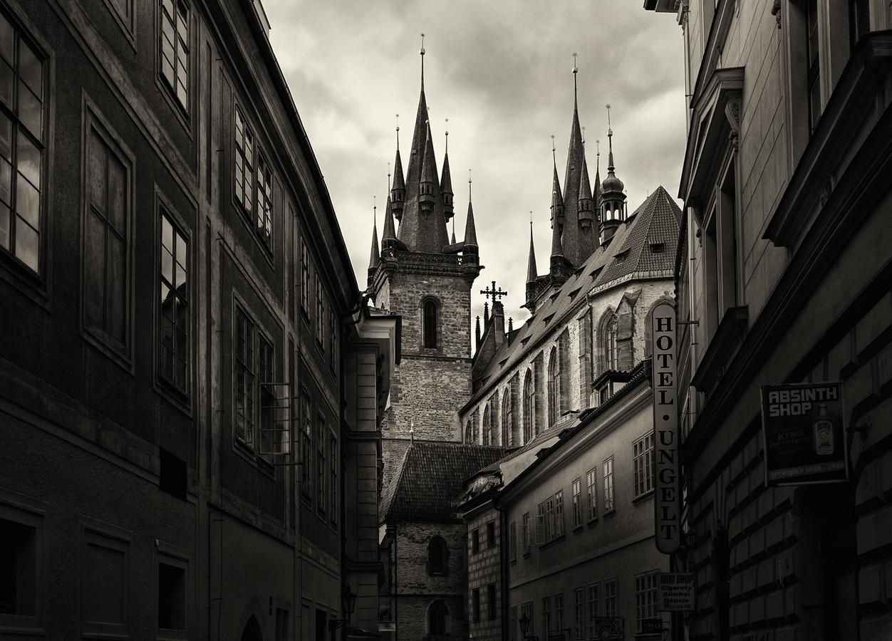 Střípek z Prahy VIII. - Týnský chrám