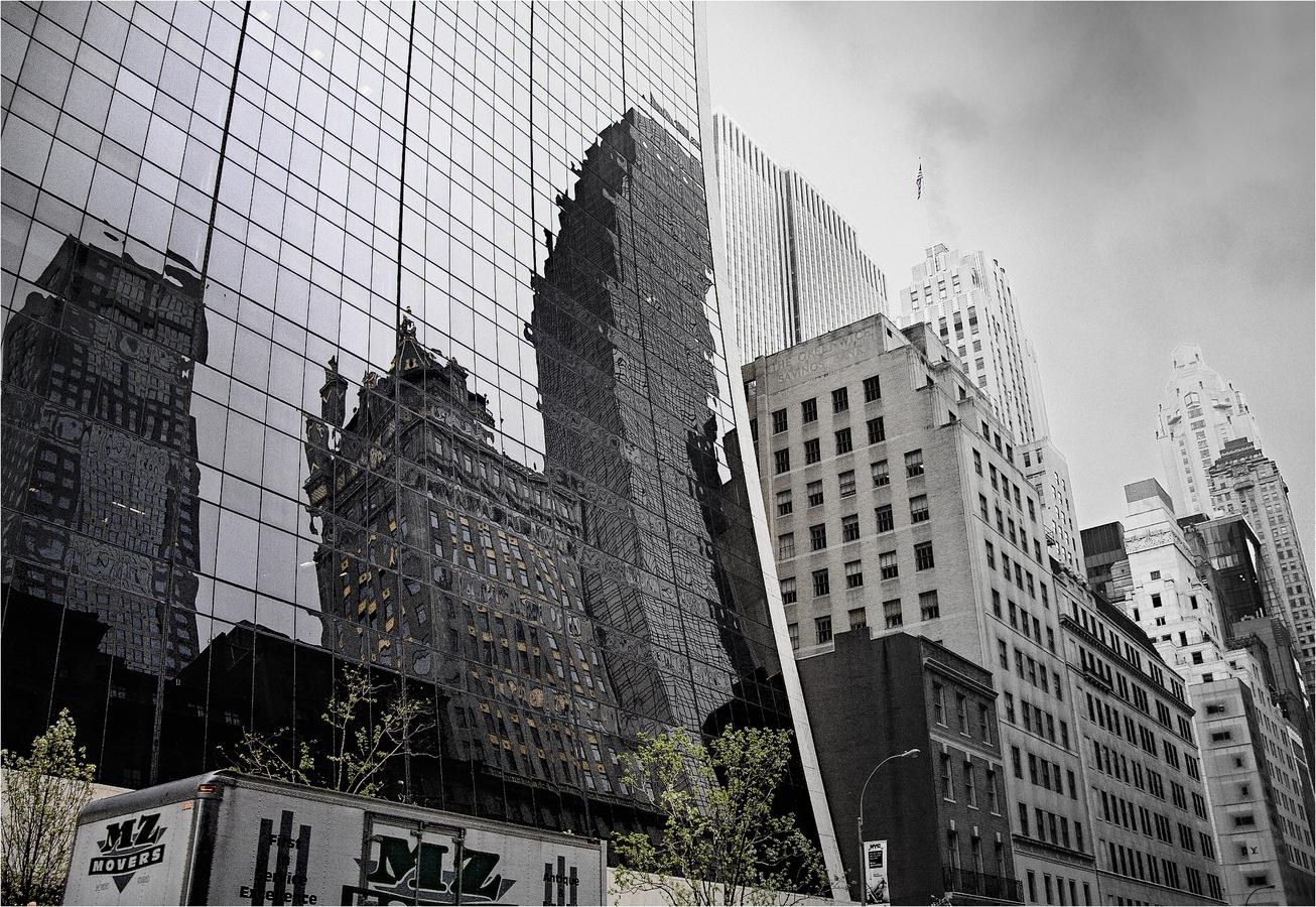Zrcadlo architektury I