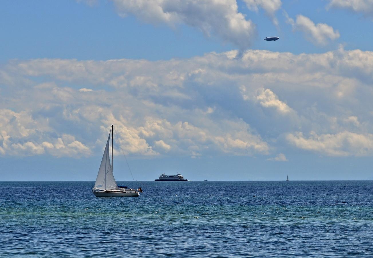 Lodě a vzducholodě